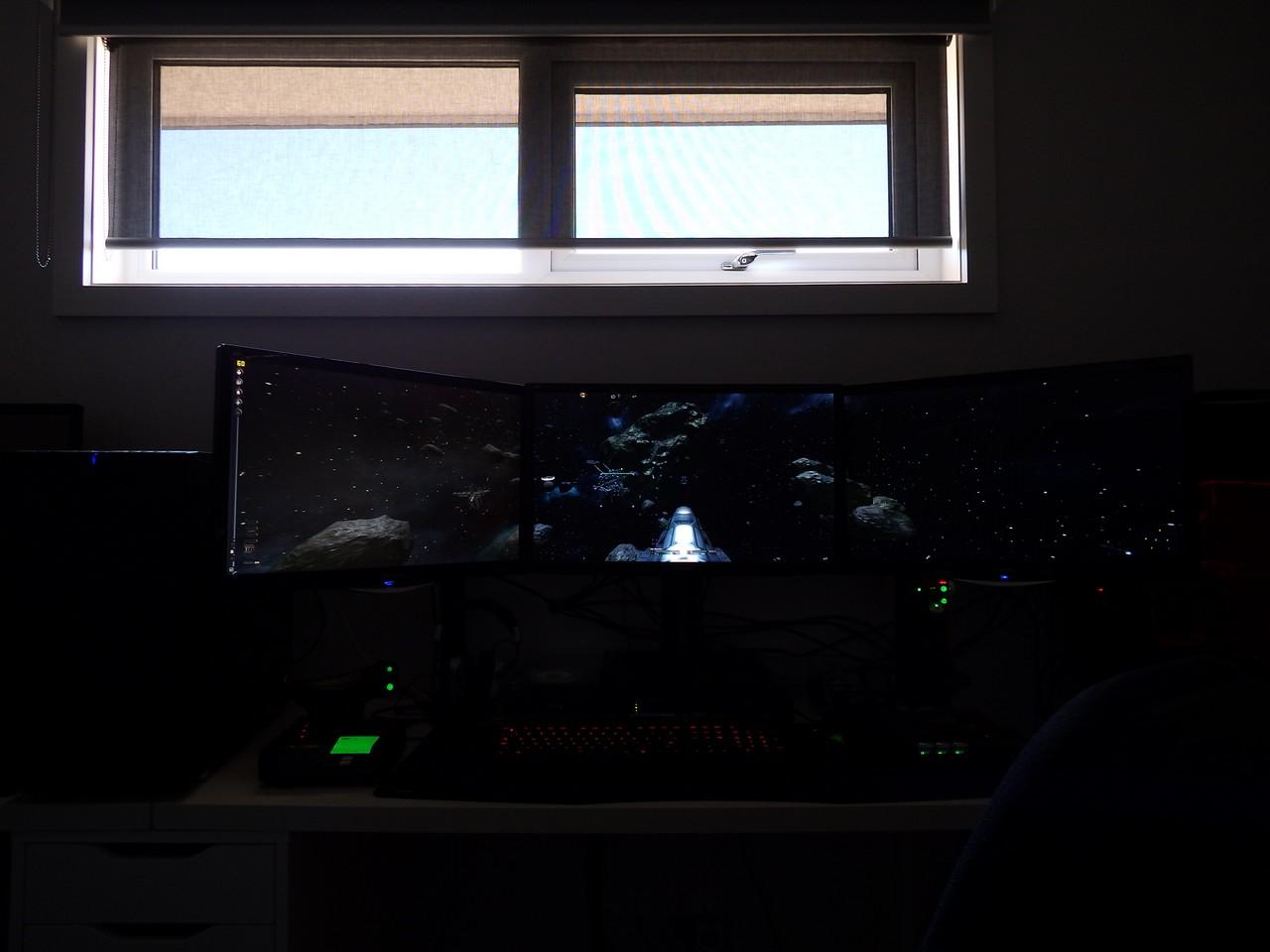 triple-screen00024