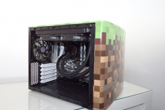 Minecraft PC Finished - right side off