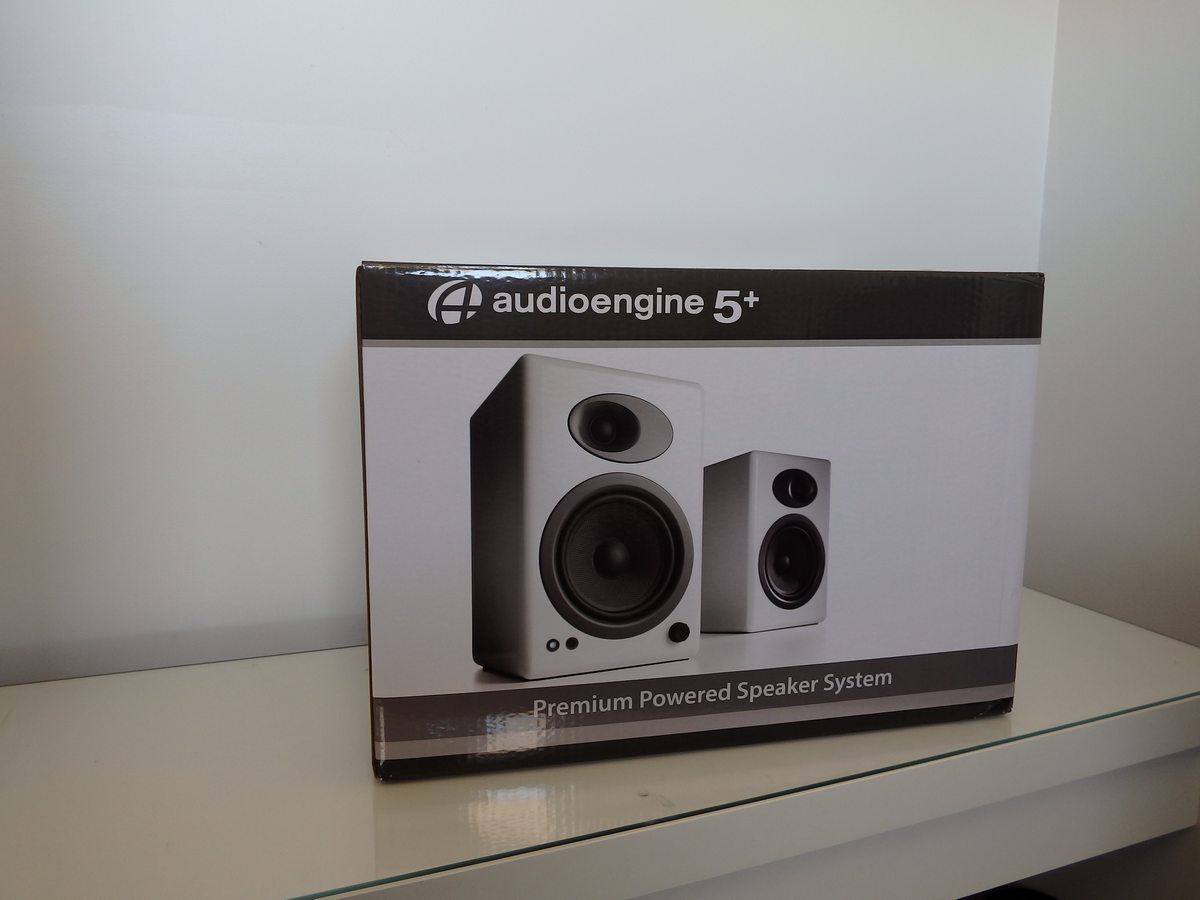hardware_audio_audioengine_unboxing00002